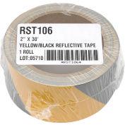 Ruban réfléchissant de sécurité INCOM® à rayures jaunes et noires, 2 po l x 30 pi L, 1 rouleau