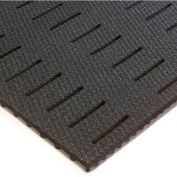 """Wearwell® Kushion Walk Slotted Runner with GRITSHIELD 3/8"""" Thick 2' x 60' Black"""