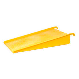 Eagle 1689 Spill Containment Poly Pallet Ramp