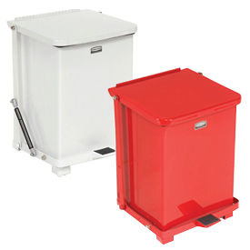 Rubbermaid® Fire Safe FM Approved Step On Container