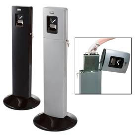 Rubbermaid® Metropolitan Smokers Station