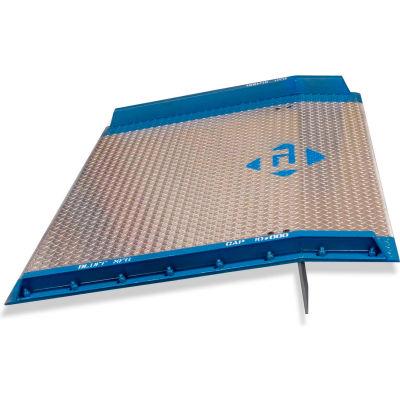 Bluff® AC7248 Aluminum Dock Board with Steel Curbs 72 x 48 10,000 Lb. Cap.