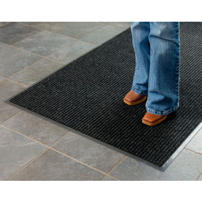 "Apache Mills Brush & Clean™ Entrance Mat 3/8"" Thick 4' x 6' Charcoal"