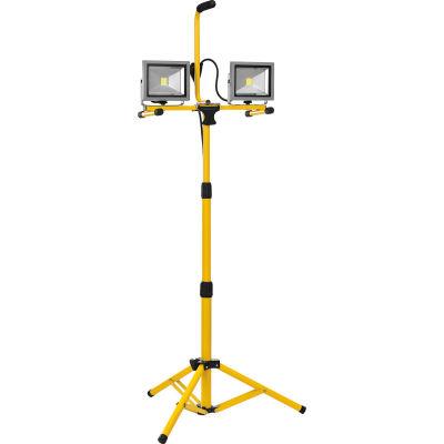 Global Industrial™ LED Dual Work Light w/Tripod, 20Wx2, 3200 Lumens, IP65, Yellow