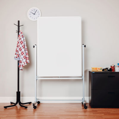 """Global Industrial™ Mobile Reversible Magnetic Whiteboard - 36""""W x 48""""H - Steel - Silver Frame"""